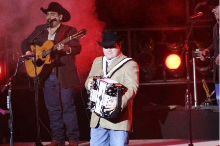 06 intocable web