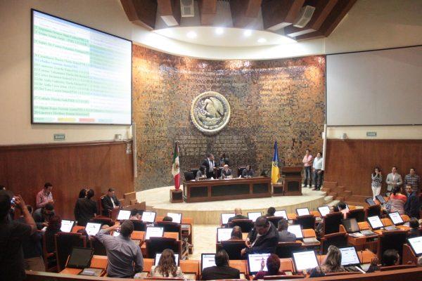 Dos juicios políticos contra  el magistrado Alberto Barba