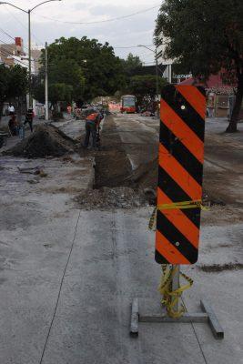 Ahora cierran avenida La Paz