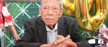 Cien años de vida celebró Don Luis, con sus seres queridos