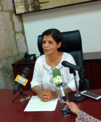 El que es priísta de cepa trabaja revisa Rocío Corona a Leobardo Alcalá