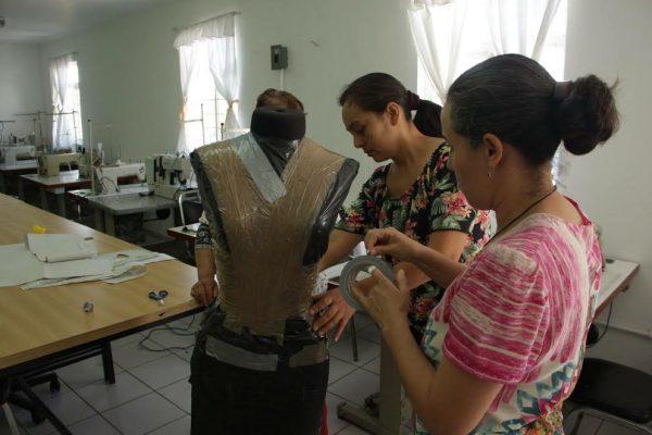 Capacita el DIF Zapopan en talleres de costura