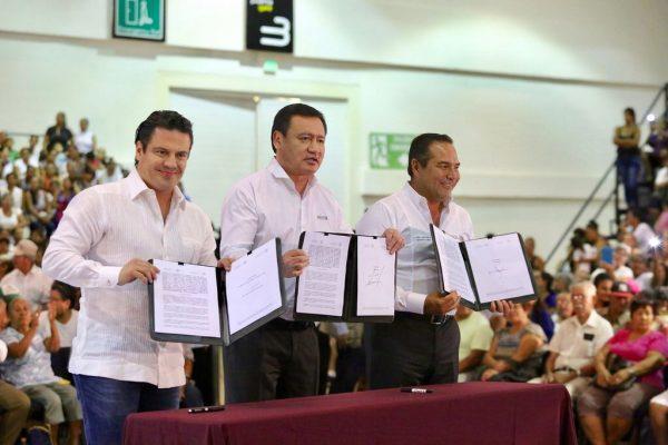 Firman en Vallarta convenio de identidad e inclusión del programa Soy México
