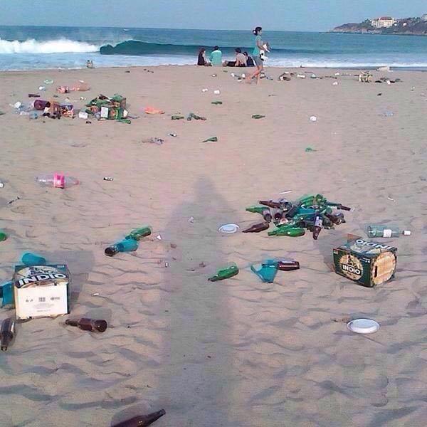 Turistas inundan de basura playas nayaritas