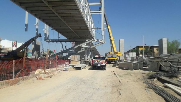 Cinco obreros de la obra de la Línea 3 del Tren Ligero resultaron heridos