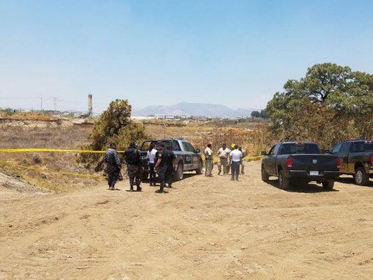 Hallan cadáver semienterrado en Zapopan