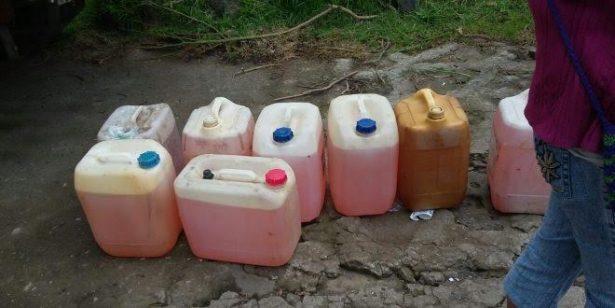 Aseguran más de 500 litros de hidrocarburo en Tonalá