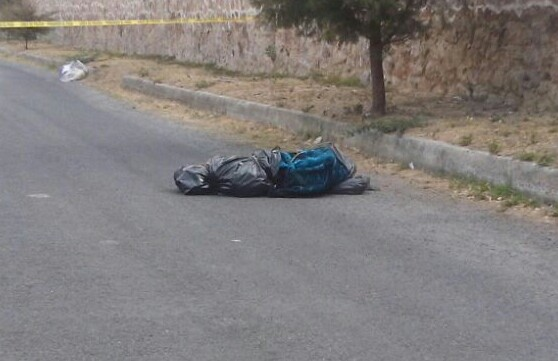 Cadáver envuelto en cobija y bolsas negras fue hallado, en Zapopan