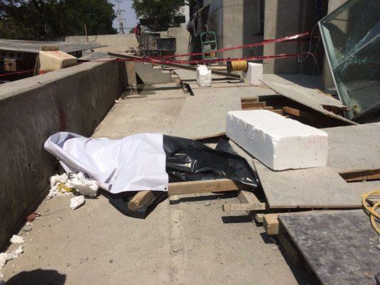 Muere trabajador al caer del piso 18