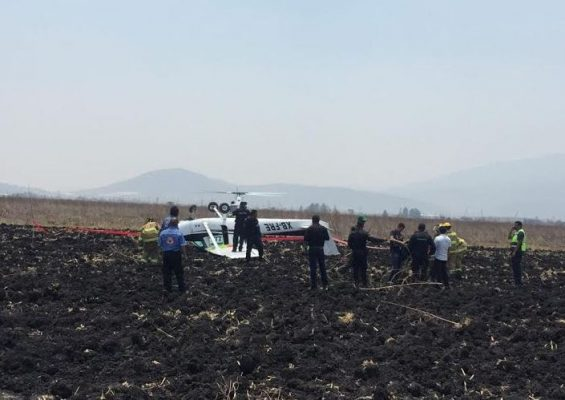 Plane crashes in Tlajomulco estate, only one wounded