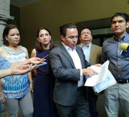 [Actualización] Chava Rizo pide destitución de David Estrada y Marco Antonio Servera