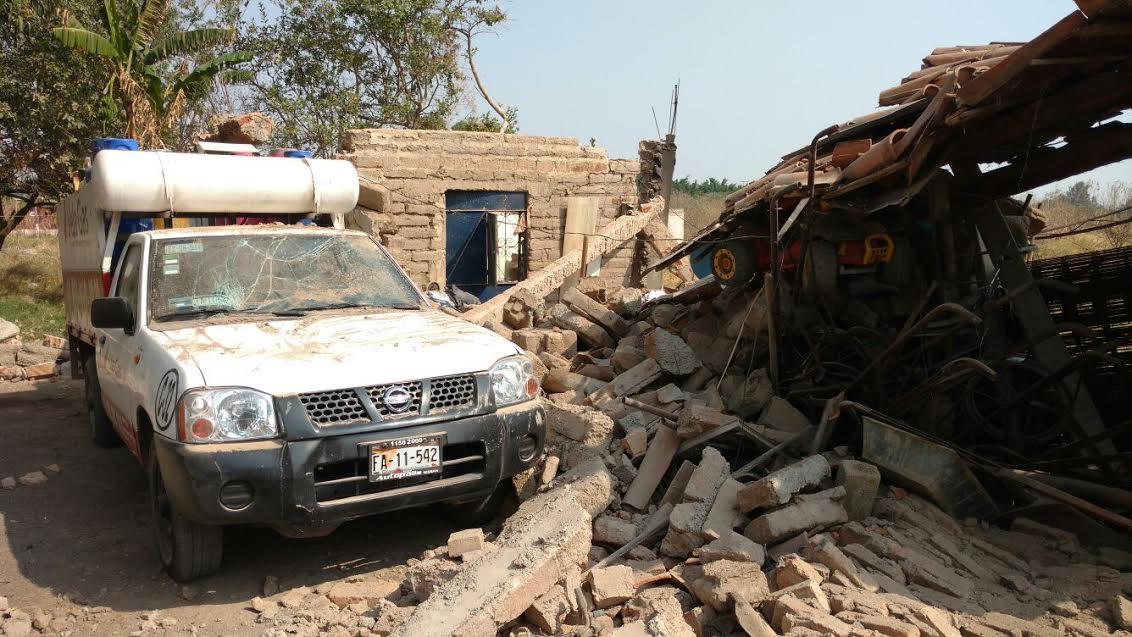 La casa se encontraba derrumbada, en la que se presume que se produjo el fuerte estruendo.