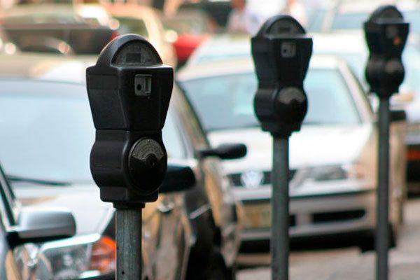 Aprobarán regidores de GDL nuevas tarifas de estacionómetros