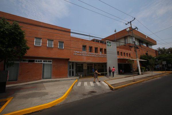 """Dan """"manita de gato"""" a Unidad Medica"""