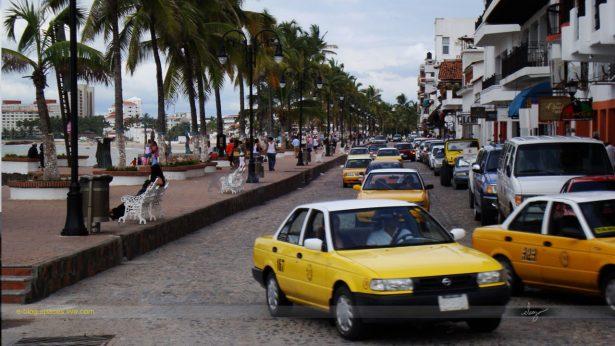Reunión con taxistas de Vallarta: diputado Ramón Demetrio Guerrero