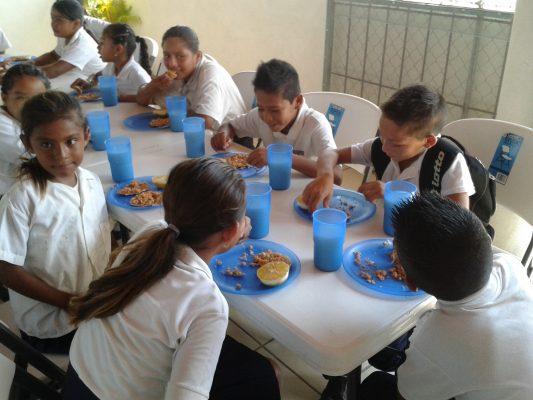 Fortalece DIF nutrición   escolar en Chapala