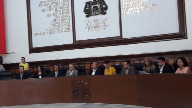 El Gobernador miente y simula combate a corrupción con iniciativa sobre autonomía de Fiscalía: EAR
