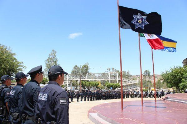 Rinden homenaje a policía caído en cumplimiento del deber