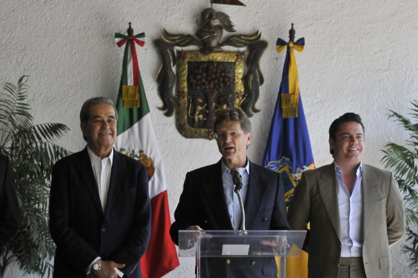 Se compromete Sectur a mediar sobre el aeropuerto de Guadalajara