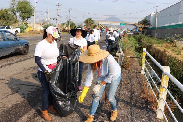 Más de 2 mil personas limpian Tlajomulco