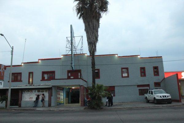 Hallan muerto a un hombre dentro de un hotel de Guadalajara