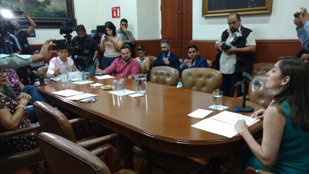 Comparecen los cuatro aspirantes a la Presidencia del ITEI