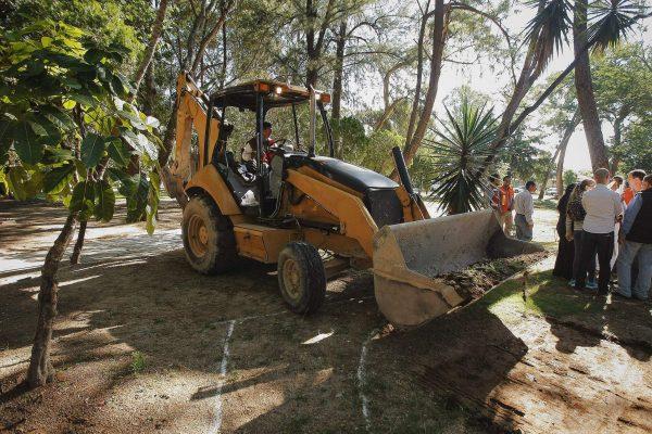 Retan vecinos de Huentitán al Ayuntamiento a debate