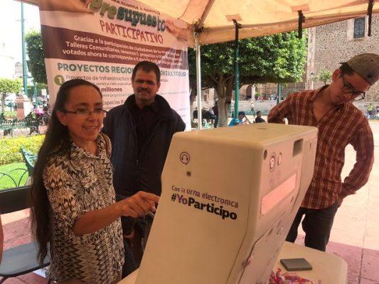 Realizan consulta pública en la Región Altos Sur