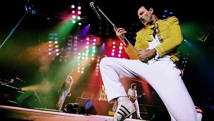 La banda tributa a Queen ofrece un gran espectáculo de dos horas de música.