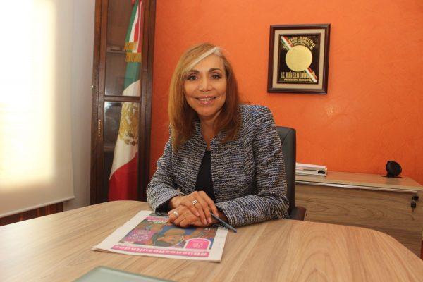 Elena Limón, comprometida con su cargo