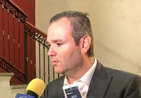 Con 22 votos a favor el Pleno otorgó la ratificación tácita como magistrado a Leonel Sandoval