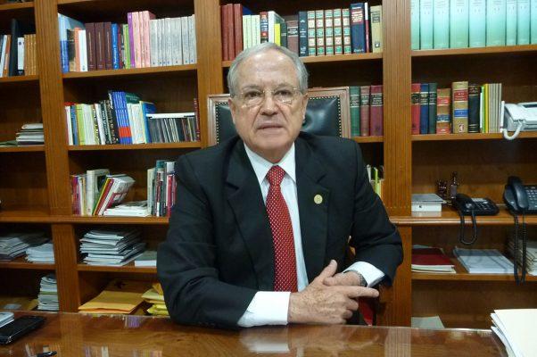Ratificación por 10 años más para Leonel Sandoval