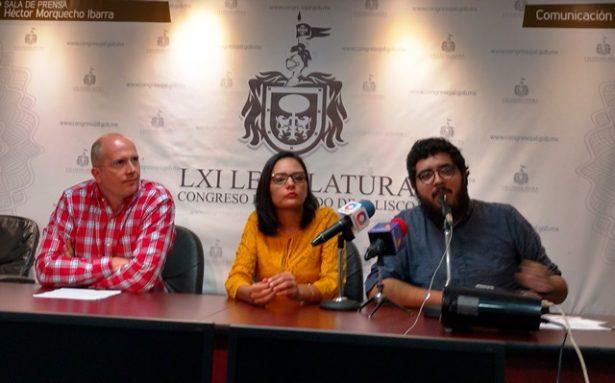 Ejercicio inédito el debate en línea sobre Ley de Asentamientos
