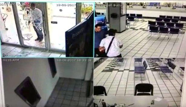 Más de dos millones de pesos fueron robados de sucursal bancaria de Plaza Tapatía