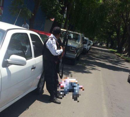 Guardia de seguridad abate a delincuente en intento de asalto
