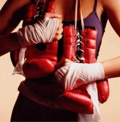 Mujeres que se suban a un ring serán dos veces analizadas