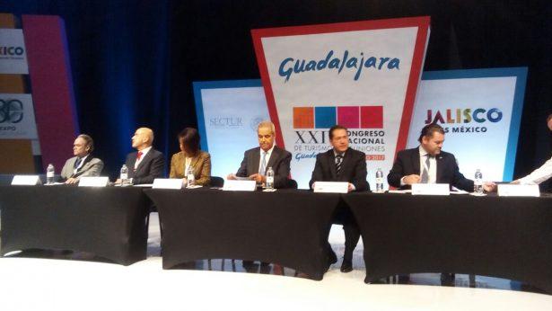 Realizan XXIV Congreso Nacional de Turismo de Reuniones en Expo GDL