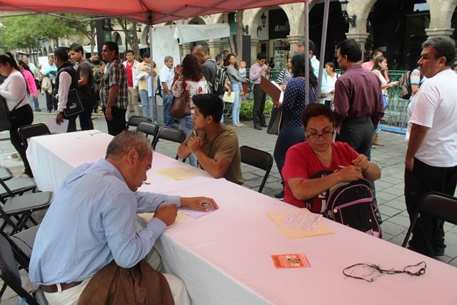 Banxico recluta personal para nueva fábrica de billetes