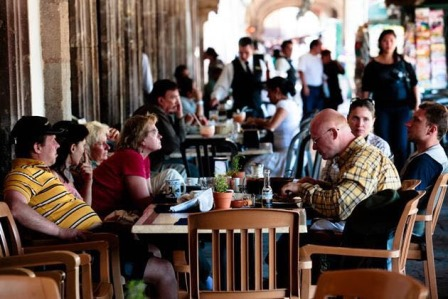 Industria restaurantera crece por mayor demanda: Canirac