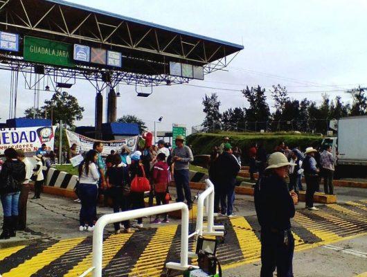 Suacobaej toma caseta en Ocotlán