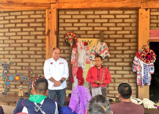 Realizan concurso Plumas de México en Mezquitic