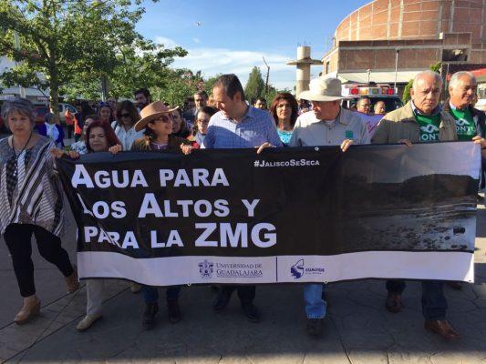 Marchan habitantes y universitarios en Los Altos en contra del trasvase El Zapotillo-León