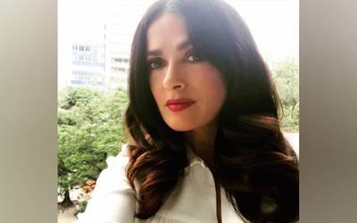Salma Hayek se solidariza con víctimas de sismo en México y dona 100 mil dólares