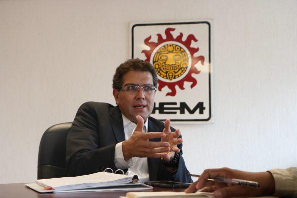 Deben unirse candidatos independientes: Ríos Piter