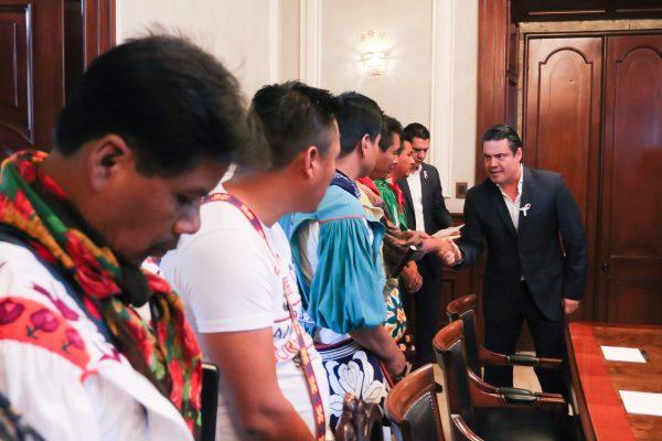 Solucionarán peticiones de Santa Catarina: M. Castro
