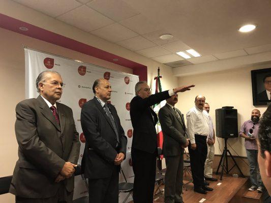 Alfonso Petersen Farah rindió protesta como secretario de salud