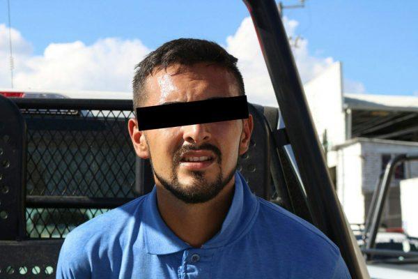 Capturan a dos sujetos que privaron de la libertad a empleado para robarle 860 mil pesos