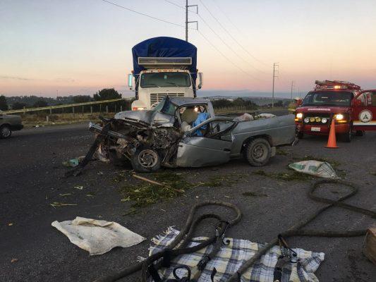 Choque cobra la vida del conductor de una camioneta en San Juan de los Lagos