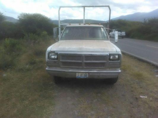 Dos hombres fueron asesinados a bordo de sus vehículos en Tlaquepaque y Tlajomulco