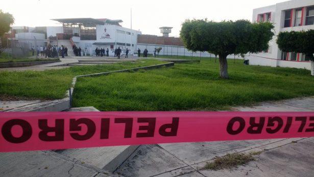 Riña dentro del penal de Ciudad Guzmán deja tres muertos